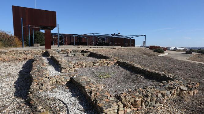 Los olvidados restos arqueológicos de la villa romana de la Almagra.