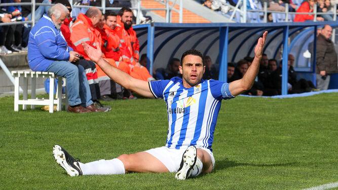 Víctor Barroso disputó los últimos minutos del choque contra el Cartagena.
