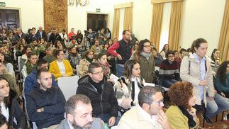 Acto de celebración de entrega y aceptación de las 63 becas del Plan HEBE (Huelva Experiencias Basadas en el Empleo)