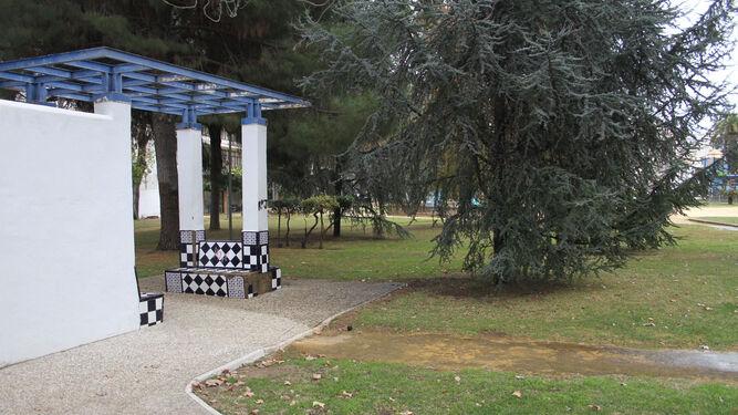 El parque de las palomas recupera su estanque y una pequeña fuente