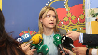 Toma de posesión de la nueva jefa provincial de Tráfico, Cristina Gago.