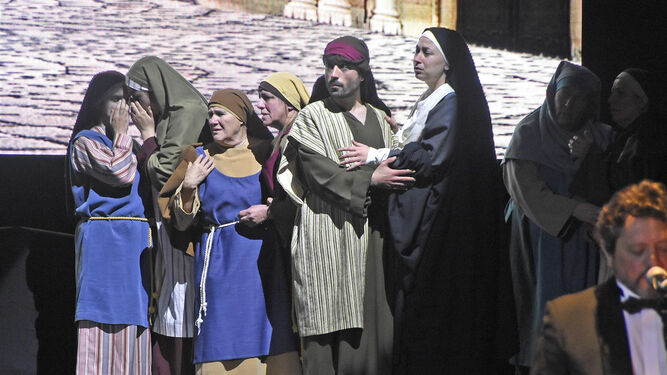 Una de las escenas protagonizadas por los actores de Higuera de la Sierra.