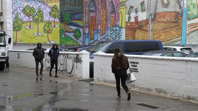 Imagen que presentaba ayer la calle Bocas sin los contenedores de basura.