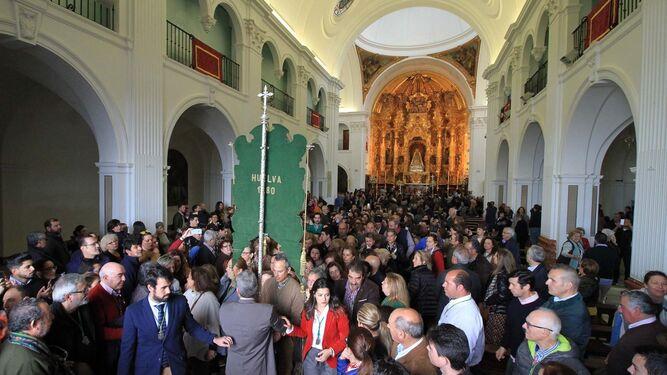 Huelva llena de fervor El Rocío