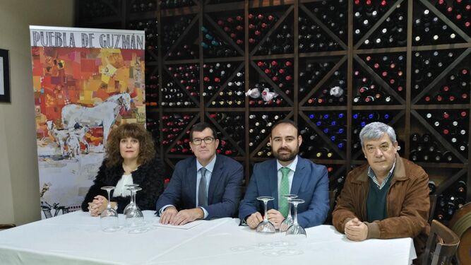 Presentación de la XI Feria Ganadera en el restaurante Portichuelo.