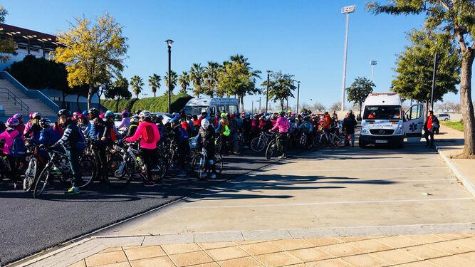 Algunas instantáneas de la actividad, que partió del Pabellón de Deportes del Complejo Deportivo municipal.