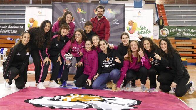 Ciudad de Huelva y Conquero se coronan en el Estrada