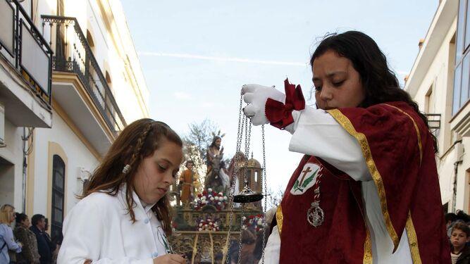 Los niños fueron los auténticos protagonistas de los desfiles procesionales del Domingo de Ramos.