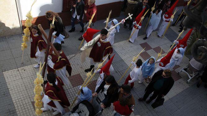 Un momento del inicio de un cortejo procesional.