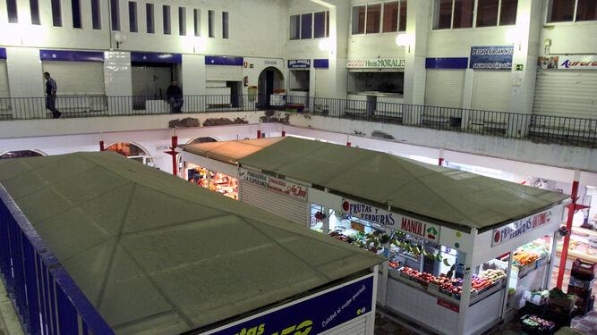 Interior del mercado, visto desde la planta de arriba.