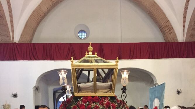 Cristo Yacente de Zalamea la Real, obra de Rafael Barbero.