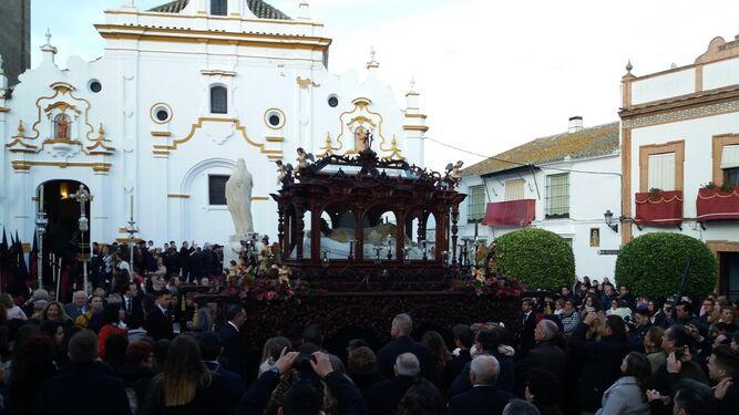 Un momento de la procesión de la Virgen de los Dolores, en La Palma.