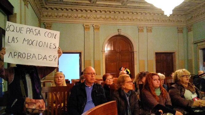 Vecinos de la Plataforma Parque Moret piden que se cumplan las mociones aprobadas.
