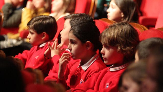 Los escolares fueron los auténticos protagonistas del acto.