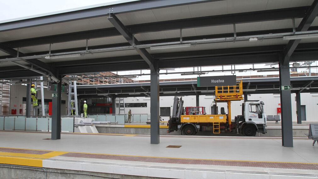Últimos prerativos para la nueva estación de trenes de Huelva