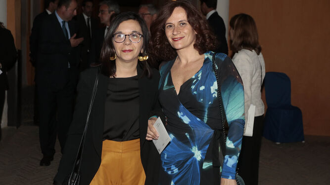 Nuria Lupiáñez y Verónica Durán, directoras de la Feria del Libro de Sevilla.