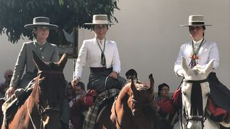 Beatriz Morales, Mimi Pascual y María Cordon.
