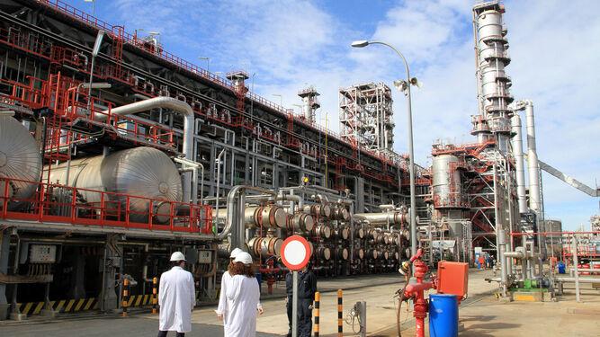 La refinería de Cepsa La Rábida cierra el año con una producción similar a la de 2017