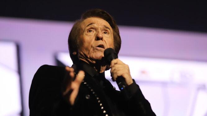 El cantante derrochó energía en todo el concierto.