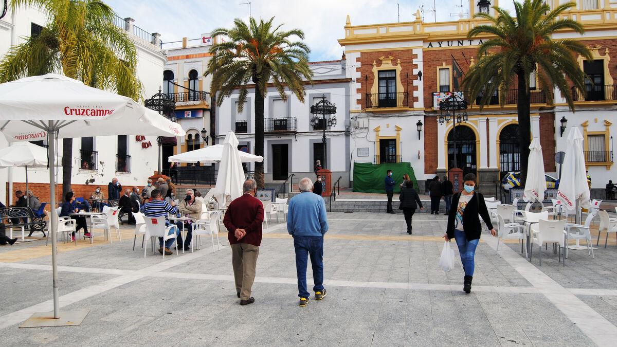 Valverde pide la intervención de la Junta de...
