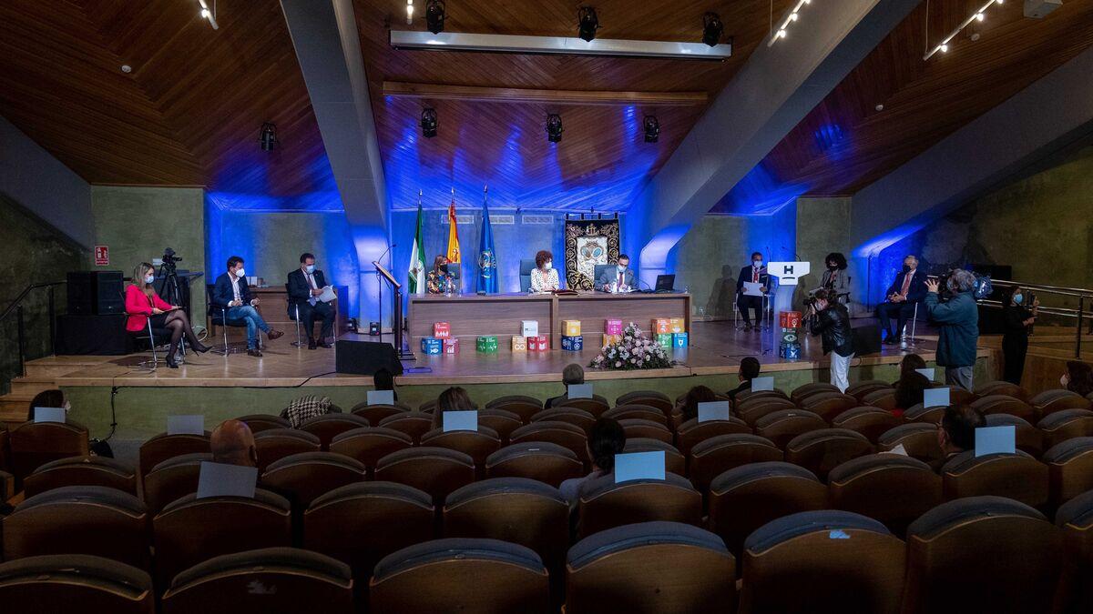 Limón marca los diez grandes objetivos de su mandato como presidenta de la Diputación de Huelva