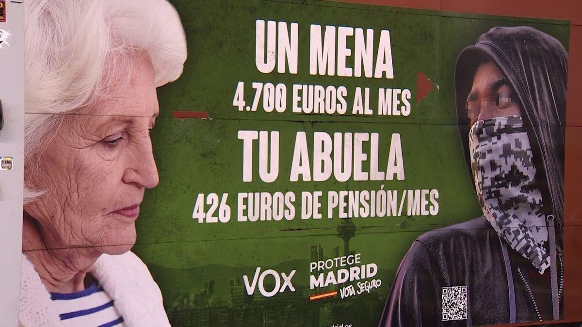 Un juez rechaza retirar el cartel de Vox sobre los menas en el Metro de Madrid