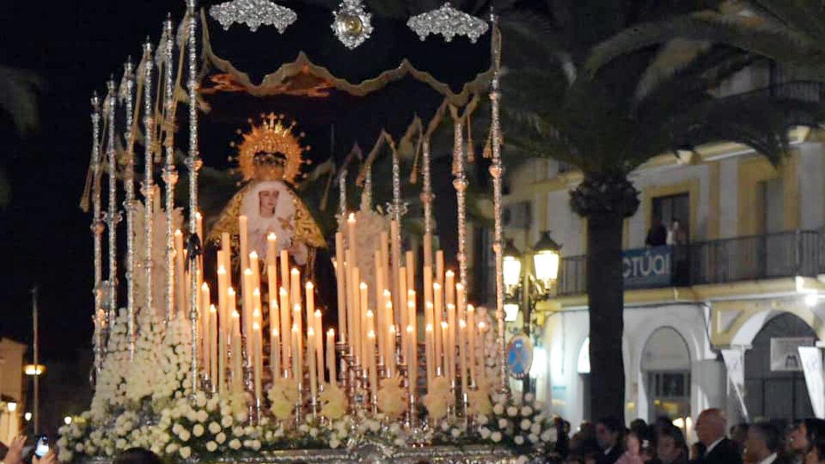 La Virgen de los Dolores retoma en Lepe las procesiones en la calle tras el parón por la pandemia